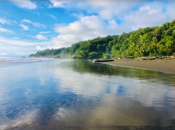 qué hacer en Bahia Solano playa El Almejal @laure